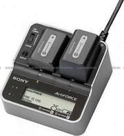 Продается новое  зарядное устройство Sony AC-VQH10