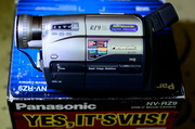 Продается новая видеокамера Panasonic NV- RZ9
