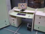 столы компьютерные детские