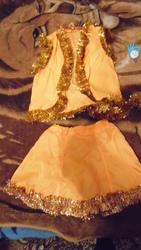 Продаю красивый костюмчик лисёнка.