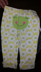 Продам штаны Carter`s красивые для ребенка на 1-2 года. Хлопок.