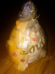 Продам свечи сувенирные на подарки и для дома:котик Love,  свинка зимняя,  домик благополучия